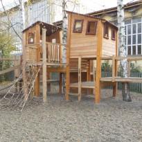Spielplatz mit Kletteranlage- Spielplatzhersteller Naturholz Kästner