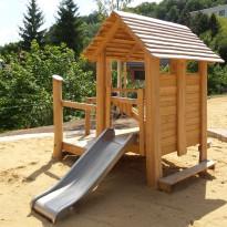 Spielplatz, Spielhaus mit Rutsche für Kleinkinder - Spielplatzhersteller Naturholz Kästner