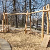 Spielplatz zum Klettern mit Kletterparcour - Spielplatzhersteller Naturholz Kästner