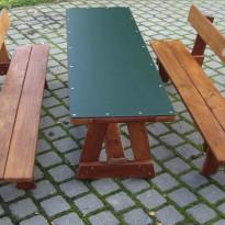 Tischler: Herstellung Sitzbank mit Tisch aus Holz - Spielplatzhersteller Naturholz Kästner