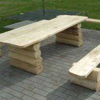 Sitzgruppe / Sitzbank mit Tisch aus Massivholz - Spielplatzhersteller Naturholz Kästner
