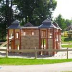 Abenteuerspielplatz Spielburg aus Holz zum Klettern - Spielplatzhersteller Naturholz Kästner