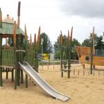 Abenteuerspielplatz zum Klettern und Rutschen - Spielplatzhersteller Naturholz Kästner